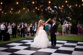 weddings-black-and-white-dance-floor-21
